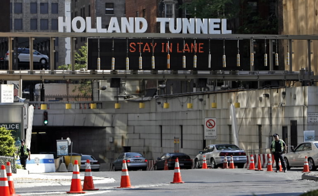 holland tunnel ticket trap draws ire.
